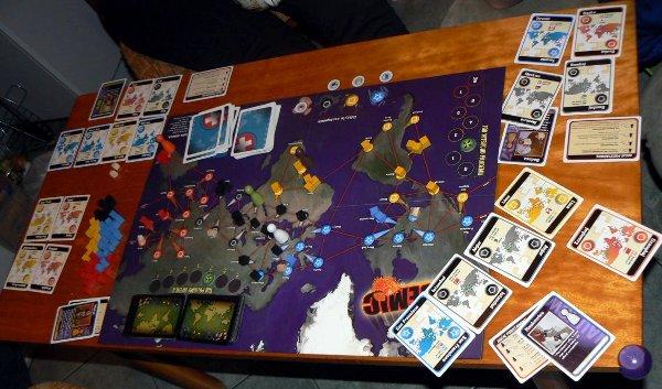 Rozgrywka w Pandemica - do góry nogami