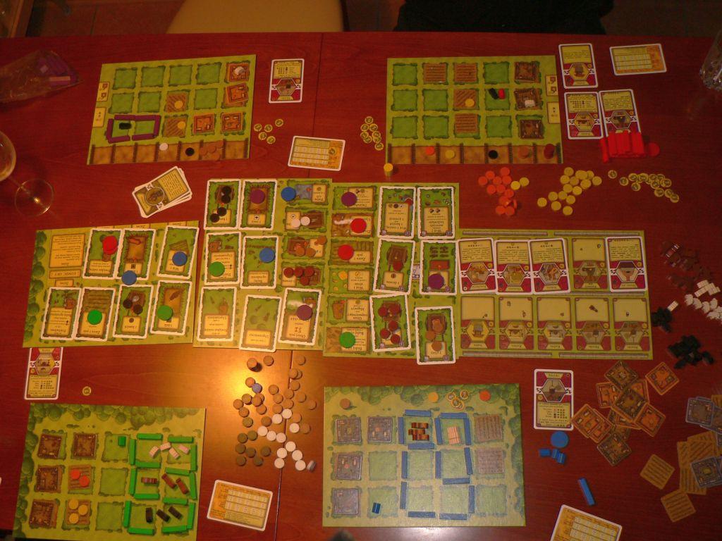 http://planszoholik.pl/wp-content/uploads/2011/05/agricola.jpg
