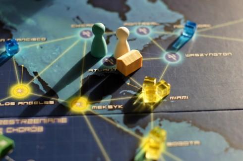 Pandemia - wschód na zachodzie